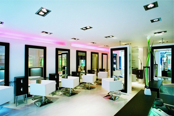 Styling area for Hair salon paris france