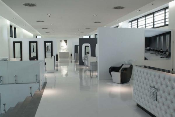 Showroom Headquarters - Showroom Headquarters