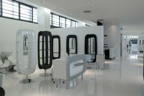 Showroom Headquarters - Showroom Headquarters - Mood Line