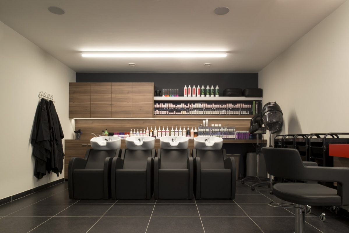 Beauty salon equipment and furniture gamma bross for Photo salon design