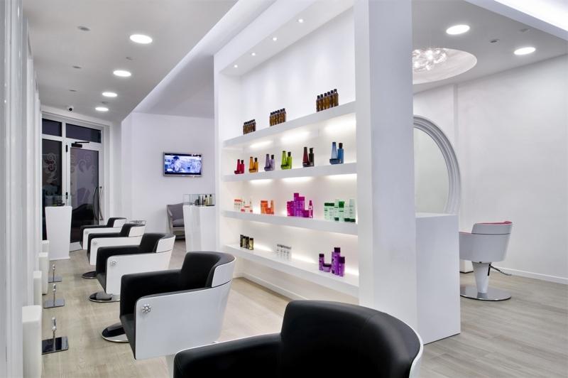 Favori Beauty Salon Equipment and Furniture - GAMMA & BROSS - Salon & Spa  IE49