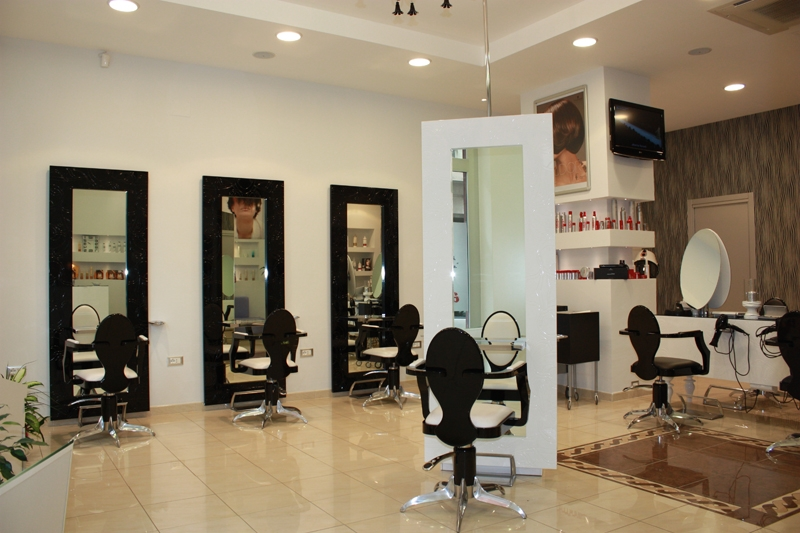 Beauty salon equipment furniture gamma bross for A step ahead salon