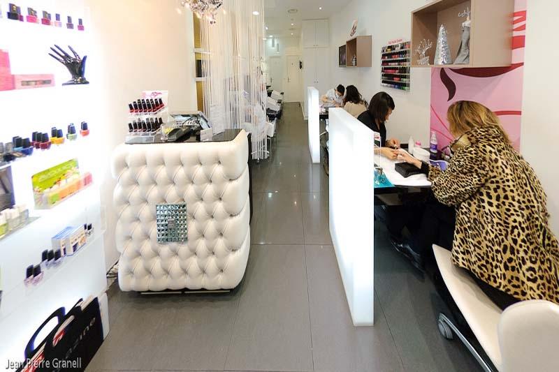 Mobiliario de peluquria y salones de belleza gamma for Arredamento nail center