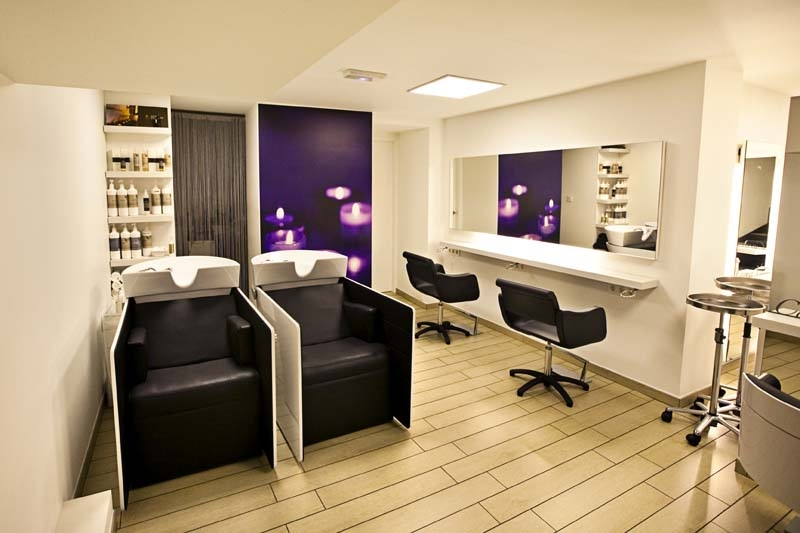 beauty salon equipment and furniture